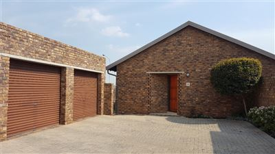 Centurion, Amberfield Glen Property  | Houses For Sale Amberfield Glen, Amberfield Glen, Townhouse 2 bedrooms property for sale Price:950,000