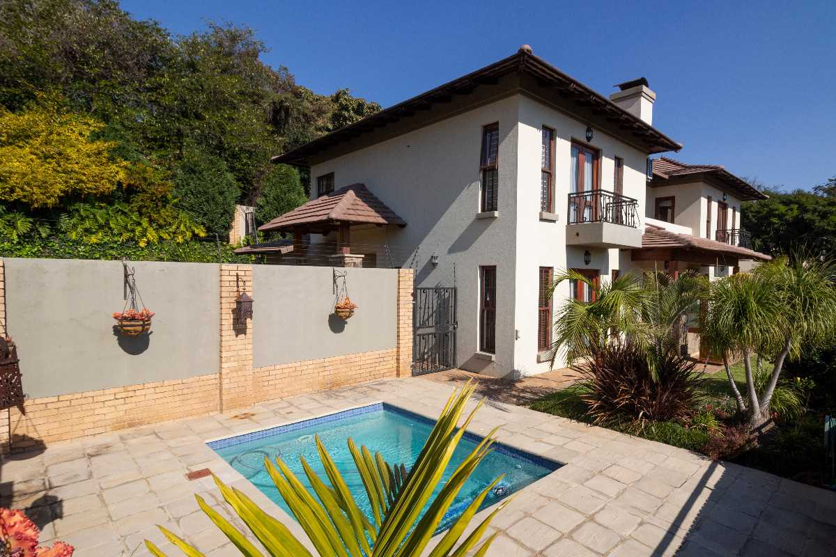 3 Bedroom Opulance - Waterkloof Ridge