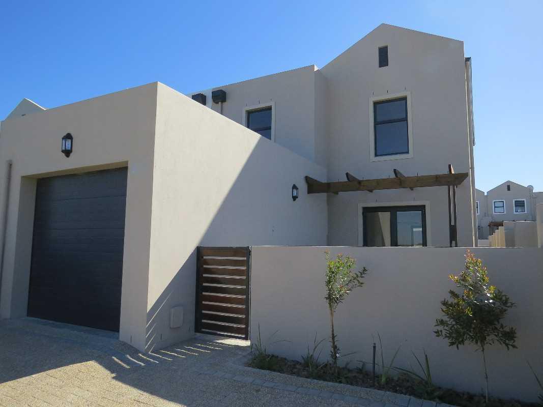 NEW Duplex in Kelderhof - Transfer Duty Free