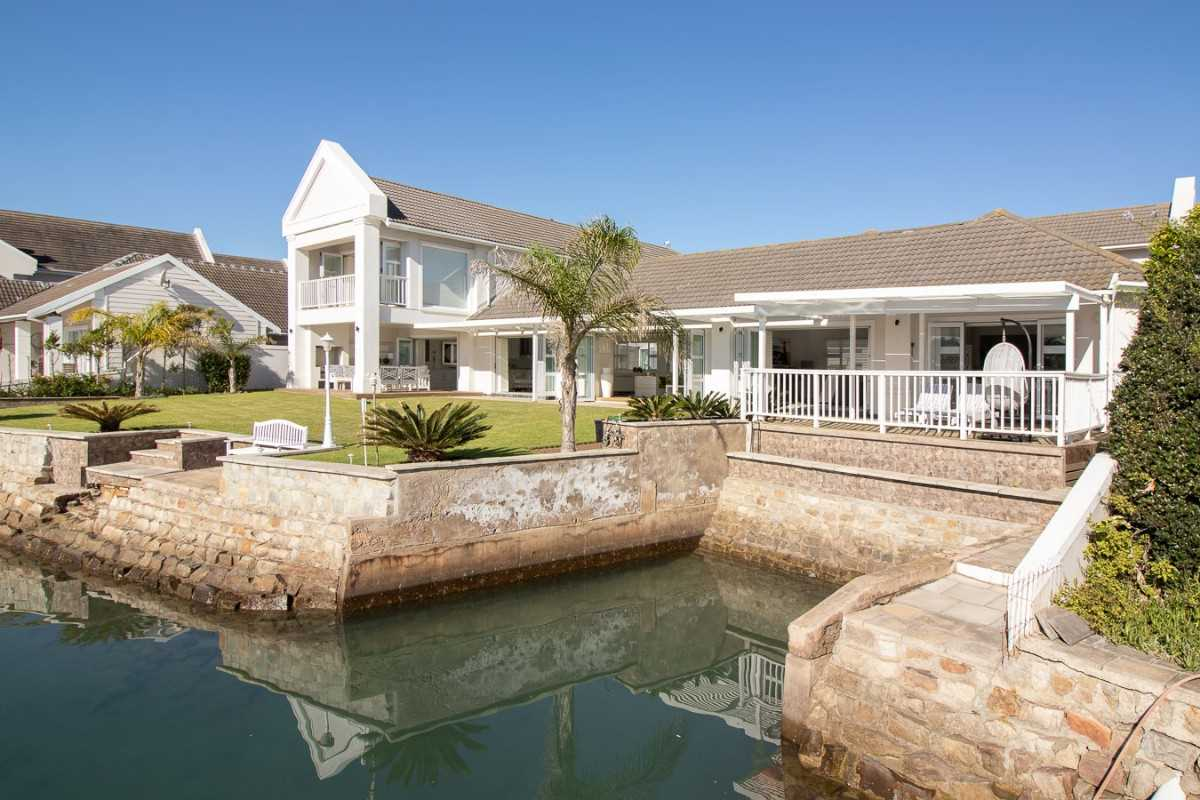 Five Bedroom Home on the Royal Alfred Marina in Port Alfred