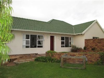 Property and Houses for sale in Pinelands, House, 4 Bedrooms - ZAR 3,550,000