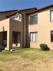 Johannesburg, Elandspark Property  | Houses For Sale Elandspark, Elandspark, Townhouse 3 bedrooms property for sale Price:940,000