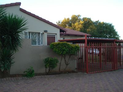 Roodepoort, Georginia Property  | Houses For Sale Georginia, Georginia, Townhouse 2 bedrooms property for sale Price:620,000