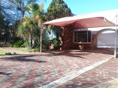 Polokwane, Bendor Park & Ext Property  | Houses For Sale Bendor Park & Ext, Bendor Park & Ext, House 4 bedrooms property for sale Price:1,935,000