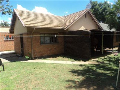 Property and Houses for sale in Vierfontein, House, 3 Bedrooms - ZAR 220,000
