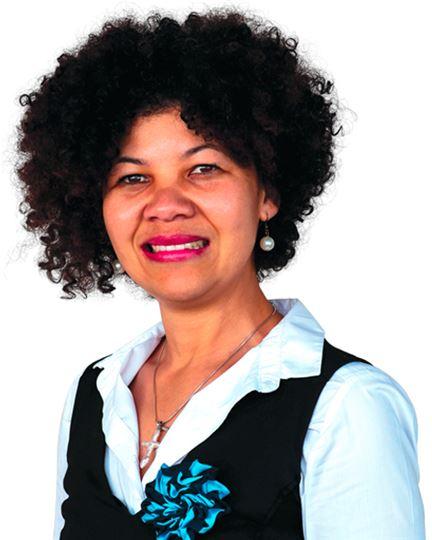 Yolande Naude