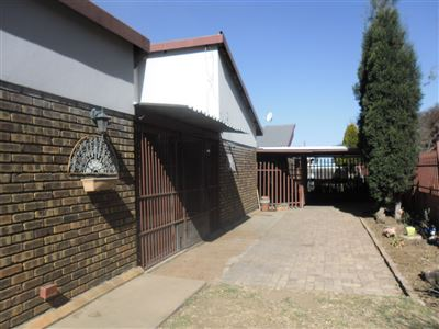 Witbank, Tasbet Park And Ext Property  | Houses For Sale Tasbet Park And Ext, Tasbet Park And Ext, Townhouse 3 bedrooms property for sale Price:850,000