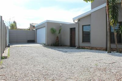 House for sale in Brackenfell Central