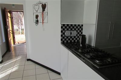 Property and Houses for sale in Doornpoort - Page 2, House, 3 Bedrooms - ZAR 1,180,000
