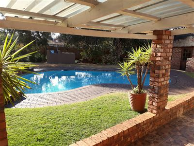 House for sale in Glenanda