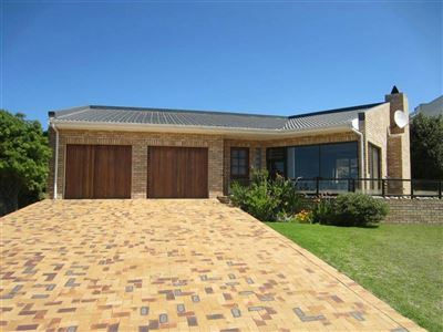 Property and Houses for sale in Jongensfontein, House, 4 Bedrooms - ZAR 3,295,000