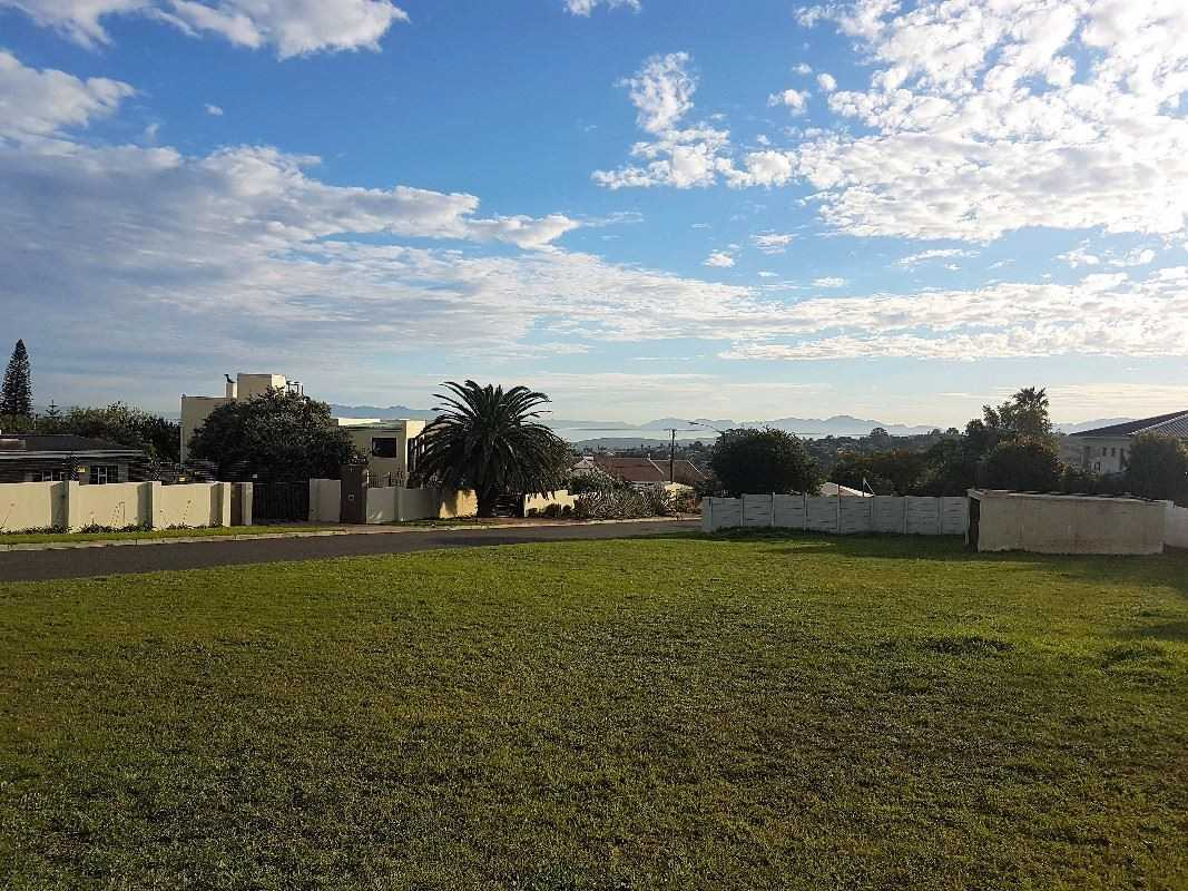 Vacant Land in Helena Heights, Somerset West