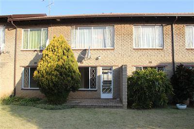 Krugersdorp, Krugersdorp North Property  | Houses For Sale Krugersdorp North, Krugersdorp North, Flats 1 bedrooms property for sale Price:350,000