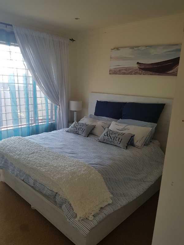 2 bedroom Simplex with Double garage
