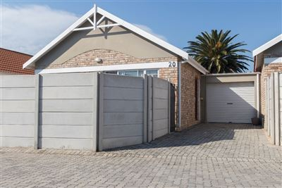 Port Elizabeth, Lorraine Property  | Houses For Sale Lorraine, Lorraine, Townhouse 2 bedrooms property for sale Price:635,000