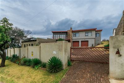 Roodepoort, Lindhaven Property  | Houses For Sale Lindhaven, Lindhaven, House 3 bedrooms property for sale Price:1,290,000