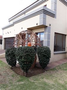 Witbank, Reyno Ridge Property  | Houses To Rent Reyno Ridge, Reyno Ridge, House 5 bedrooms property to rent Price:, 15,00*