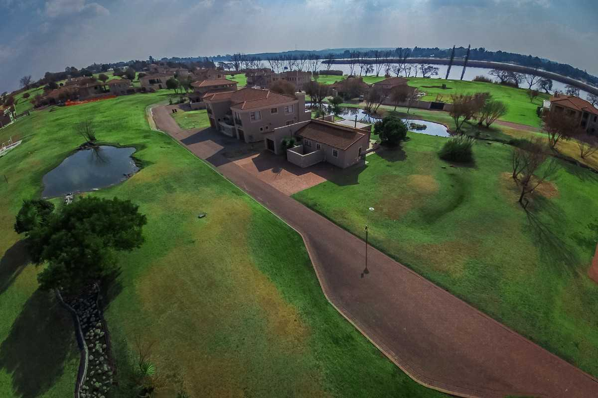 Get Out of Town - Build a Home on the Vaal River