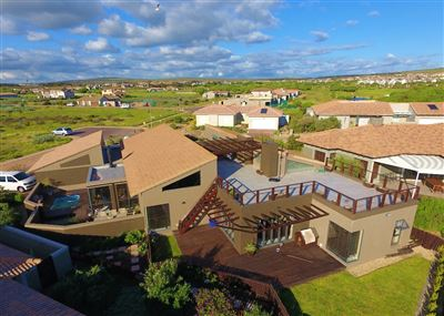 Property and Houses for sale in Langebaan Country Estate, House, 4 Bedrooms - ZAR 4,775,000