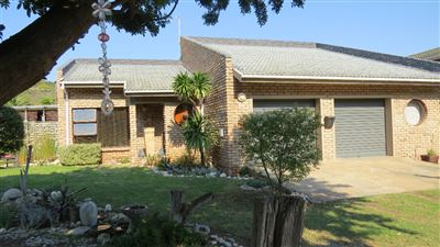 Property and Houses for sale in Stilbaai Oos, House, 3 Bedrooms - ZAR 1,995,000