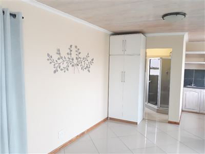 Cape Town, Crawford Property  | Houses To Rent Crawford, Crawford, Apartment 1 bedrooms property to rent Price:,  4,00*