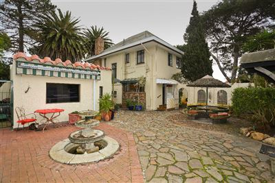 Property and Houses for sale in Pinelands, House, 3 Bedrooms - ZAR 3,950,000