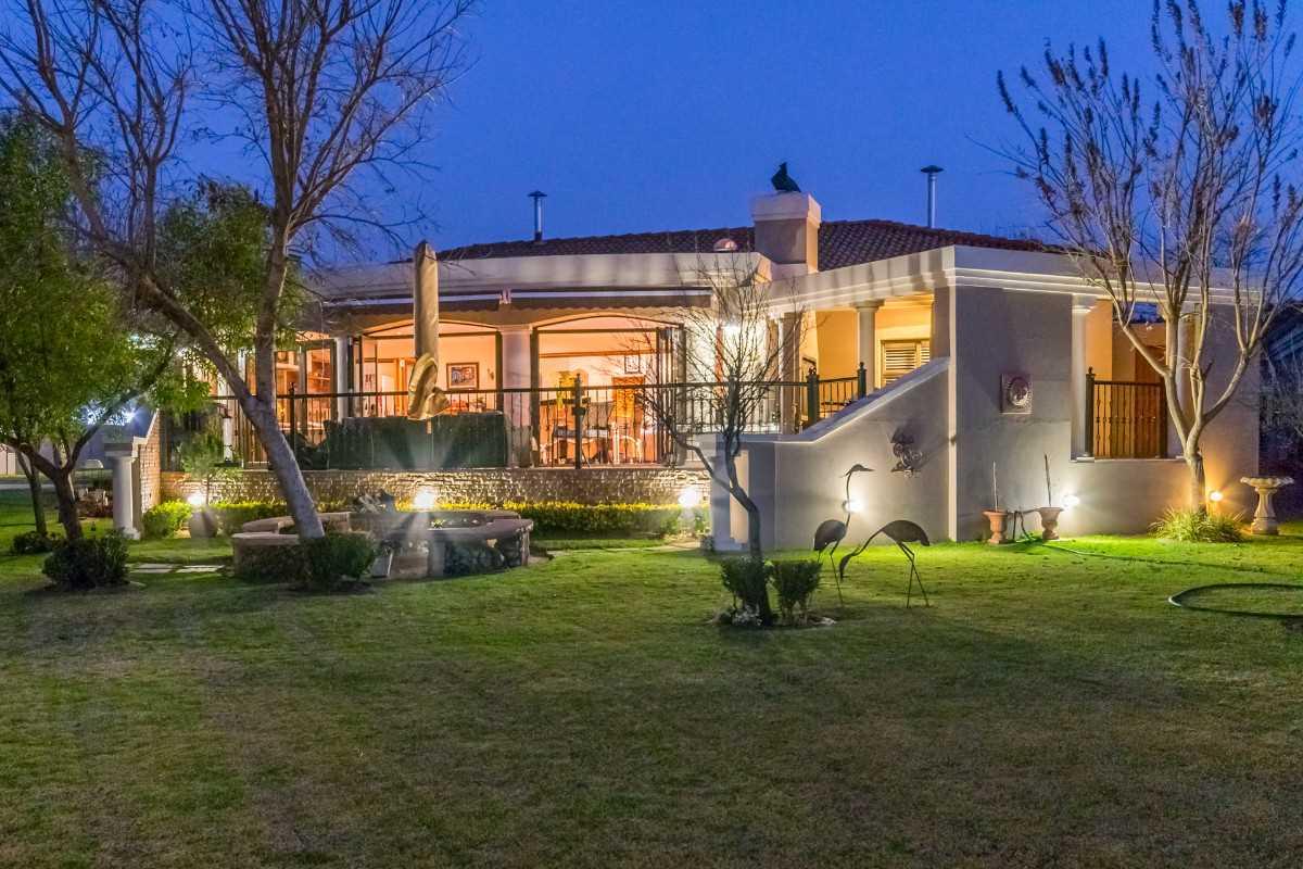 40 Plaka Place - Club Milos Luxury Riverfront Estate