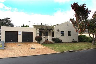 Goodwood, Edgemead Property  | Houses For Sale Edgemead, Edgemead, House 3 bedrooms property for sale Price:2,495,000