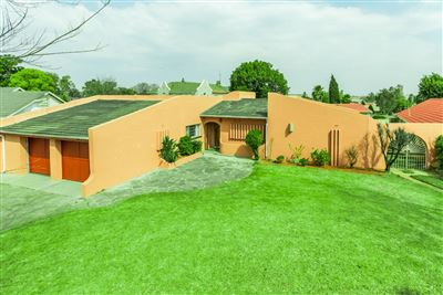 Roodepoort, Fleurhof Property  | Houses For Sale Fleurhof, Fleurhof, House 3 bedrooms property for sale Price:855,000