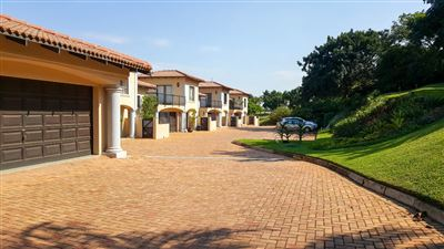 Townhouse for sale in Umhlali Golf Estate