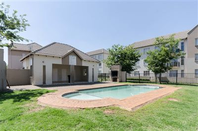 Klippoortjie property to rent. Ref No: 13660763. Picture no 11