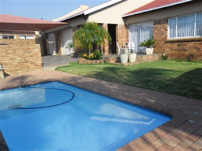 Witbank, Reyno Ridge And Ext Property  | Houses For Sale Reyno Ridge And Ext, Reyno Ridge And Ext, Townhouse 3 bedrooms property for sale Price:1,300,000