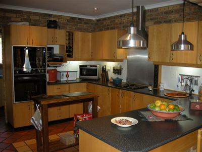 Durbanville, Vierlanden Property  | Houses For Sale Vierlanden, Vierlanden, House 4 bedrooms property for sale Price:3,995,000