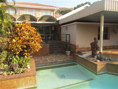 Property and Houses for sale in Florauna, House, 4 Bedrooms - ZAR 2,100,000
