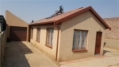 Germiston, Leondale Property    Houses For Sale Leondale, Leondale, House 3 bedrooms property for sale Price:690,000