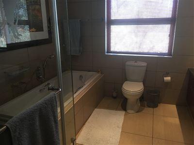 Parys property for sale. Ref No: 3055566. Picture no 53