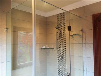 Parys property for sale. Ref No: 3055566. Picture no 71