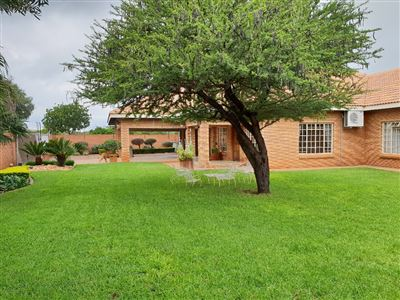 Property and Houses for sale in Kameeldrift East, House, 4 Bedrooms - ZAR 4,865,000