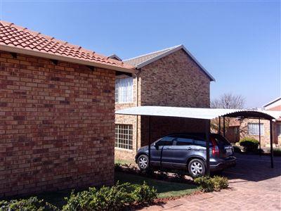 Johannesburg, Elandspark Property    Houses For Sale Elandspark, Elandspark, Townhouse 3 bedrooms property for sale Price:710,000