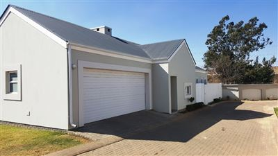 Property and Houses for sale in Erasmus Park, House, 3 Bedrooms - ZAR 2,100,000
