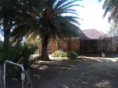 Property and Houses for sale in Vierfontein, House, 3 Bedrooms - ZAR 285,000