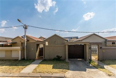 Roodepoort, Fleurhof Property  | Houses For Sale Fleurhof, Fleurhof, House 3 bedrooms property for sale Price:769,000