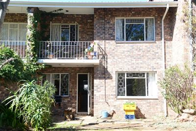 Apartment for sale in Grahamstown Central