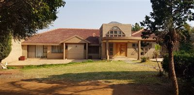 Centurion, Laudium Property  | Houses For Sale Laudium, Laudium, House 4 bedrooms property for sale Price:2,200,000