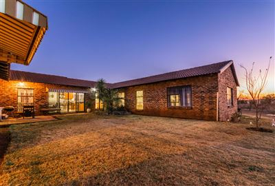 Krugersdorp, Protea Ridge Property  | Houses For Sale Protea Ridge, Protea Ridge, House 6 bedrooms property for sale Price:2,600,000