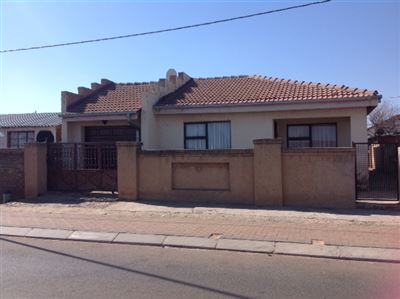 Krugersdorp, Kagiso Property  | Houses For Sale Kagiso, Kagiso, House 2 bedrooms property for sale Price:600,000