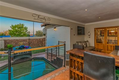 Roodepoort, Willowbrook Property  | Houses For Sale Willowbrook, Willowbrook, House 3 bedrooms property for sale Price:2,140,000