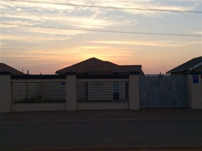 Soweto, Protea Glen Property  | Houses For Sale Protea Glen, Protea Glen, House 3 bedrooms property for sale Price:860,000
