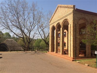 Property and Houses to rent in Hennopspark, Commercial - ZAR , 13,00*,
