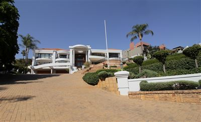 Property and Houses for sale in Waterkloof, House, 5 Bedrooms - ZAR 23,000,000